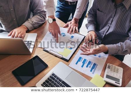 Empresário trabalhando análise financiar calcular custo Foto stock © Freedomz