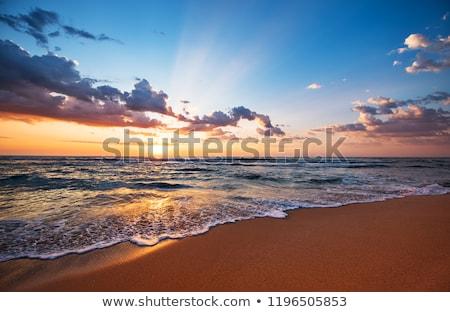zonsopgang · strand · klein · dorp · water · huis - stockfoto © jonnysek