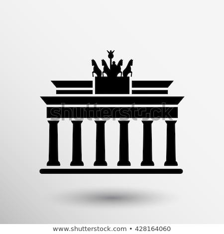 Icónico Puerta de Brandenburgo Berlín edificio diseno Foto stock © elxeneize