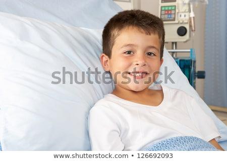 Chłopca relaks szpitala plusz szczęśliwy portret Zdjęcia stock © Lopolo