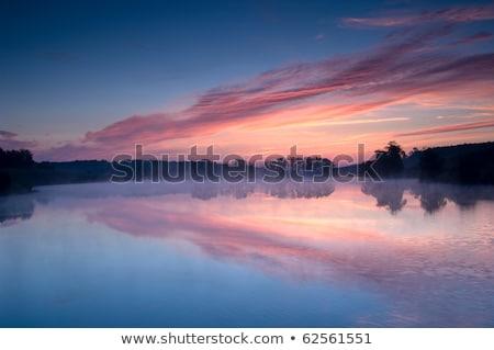 Mgły jezioro rano Zdjęcia stock © Balefire9