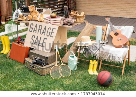 Garage vente faux annonce journal Photo stock © devon