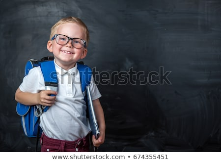 souriant · sac · à · dos · prêt · classe · école - photo stock © darrinhenry