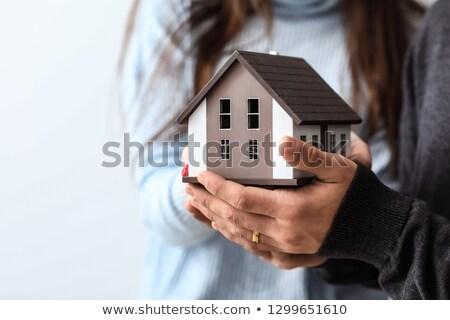 Tulajdon biztosítás biztonság nyitva kezek készít Stock fotó © CebotariN