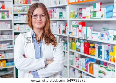 farmacêutico · químico · mulher · em · pé · farmácia · farmácia - foto stock © dotshock
