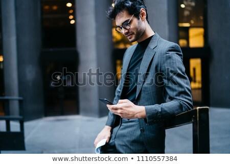 hombre · teléfono · celular · maletín · caucásico · tatuajes · hablar - foto stock © photography33