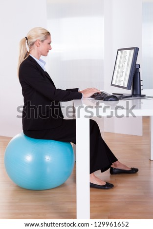 flat type Pregnant women_relax Stock photo © toyotoyo