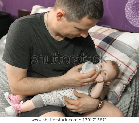 portret · vader · pasgeboren · baby · home · liefde - stockfoto © lopolo