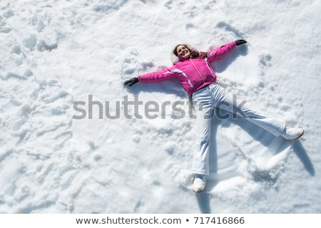 gelukkig · vrouw · genieten · sneeuwval · portret · cute - stockfoto © photography33