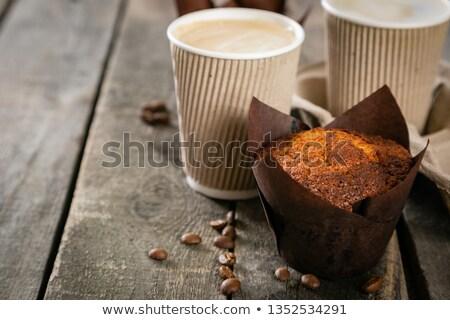 Beker koffie muffin witte achtergrond drinken Stockfoto © wavebreak_media