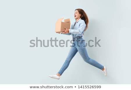 Foto stock: Mujer · caja · de · cartón · Foto · feliz · nina · cuadro