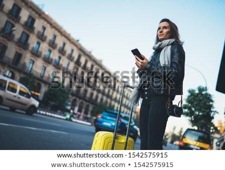 девушки · чемодан · автомобилей · улице · путешествия · фон - Сток-фото © borysshevchuk