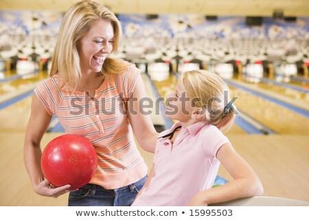 Matka córka bowling ball uśmiechnięty Zdjęcia stock © Kzenon