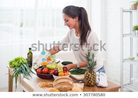 Junge Mädchen Mädchen Spaß lächelnd Ananas Stock foto © IS2