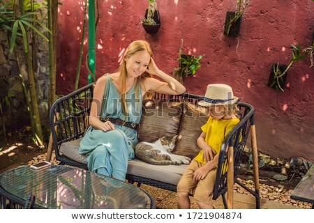 Moeder zoon tijd cafe cute pluizig Stockfoto © galitskaya