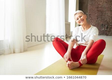 zen · empresario · yoga · meditación · escritorio · negocios - foto stock © photography33