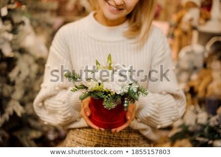 Lucfenyő díszített virágok játékok gyerekek Stock fotó © artfotoss