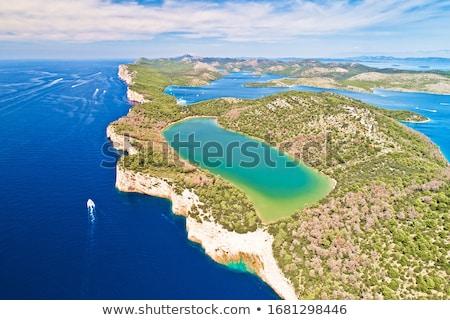Charakter parku zielone jezioro wyspa widok z lotu ptaka Zdjęcia stock © xbrchx