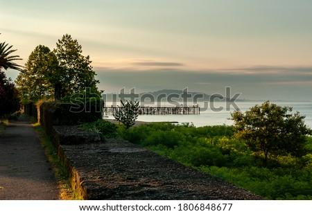 Távoli móló kék tenger égbolt fal Stock fotó © sirylok