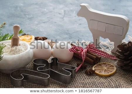 Mézeskalács torta vág étel falatozó stúdiófelvétel Stock fotó © Digifoodstock