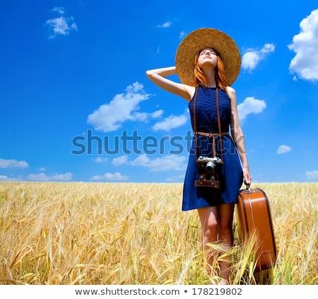 kız · bavul · bahar · moda - stok fotoğraf © massonforstock