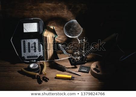 de · solda · homem · ferramenta · computador · trabalhando - foto stock © reddaxluma