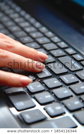 Presse bouton noir clavier ordinateur utilisateur Photo stock © tashatuvango