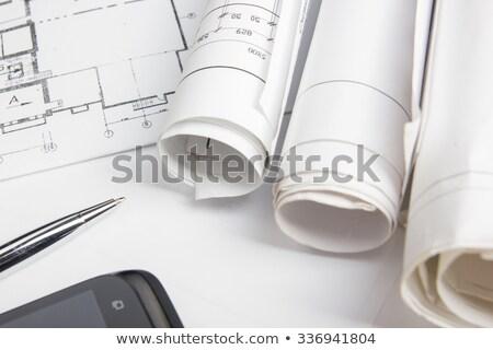 bespreken · blauwdruk · gebouw · man · werken · architectuur - stockfoto © dolgachov