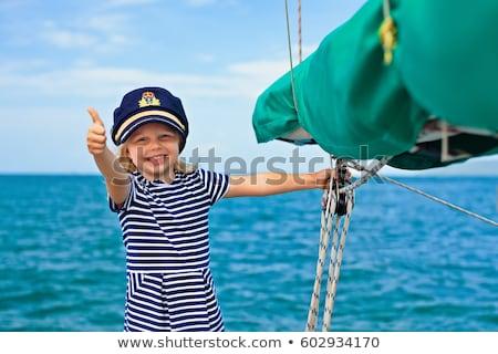 Fiatalember vitorlázik csónak offshore férfi nyár Stock fotó © photography33