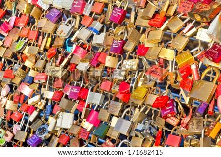 szeretet · lakat · korlát · híd · szív · felirat - stock fotó © dinozzaver