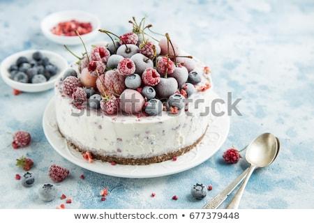 Framboos cake icecream stuk kruimel ijs Stockfoto © Digifoodstock
