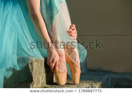 Nő előad nyújtás testmozgás lépcsősor fiatal nő Stock fotó © wavebreak_media