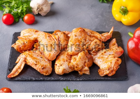 marinato · pollo · ali · ciotola · bianco · tavola - foto d'archivio © digifoodstock