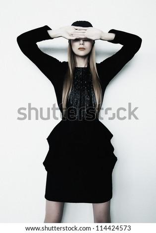 ストックフォト: スタイリッシュ · 少女 · トレンディー · 服 · スリム · ドレス