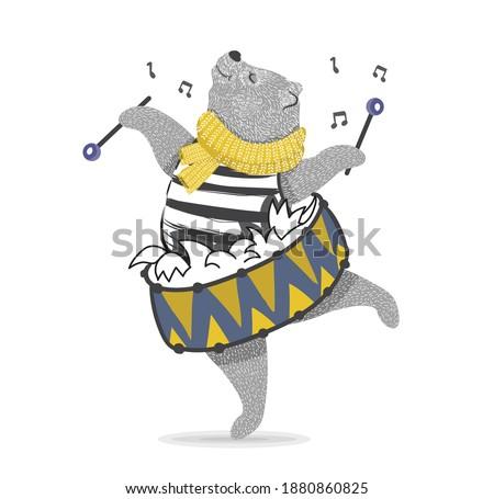 Komik ayı davulcu yalıtılmış örnek karikatür Stok fotoğraf © tiKkraf69