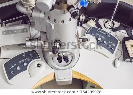 Elektron microscoop wetenschappelijk laboratorium medische glas Stockfoto © galitskaya