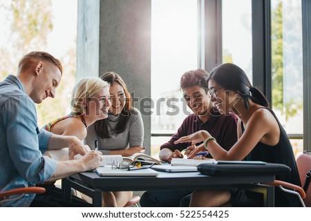 Diák fiatal pózol fehér nő mosoly Stock fotó © hsfelix