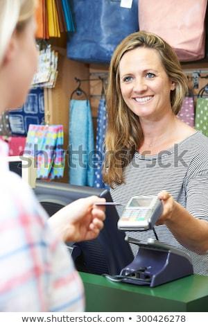 ventes · assistant · alimentaire · magasin · carte · de · crédit · machine - photo stock © highwaystarz