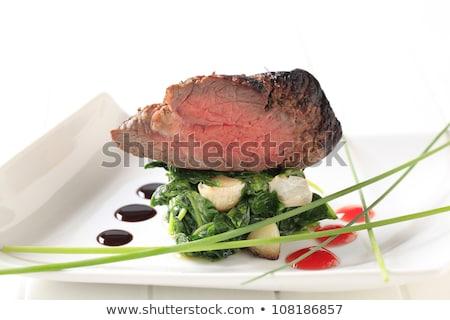 alla · griglia · controfiletto · bistecca · spinaci · sale - foto d'archivio © digifoodstock
