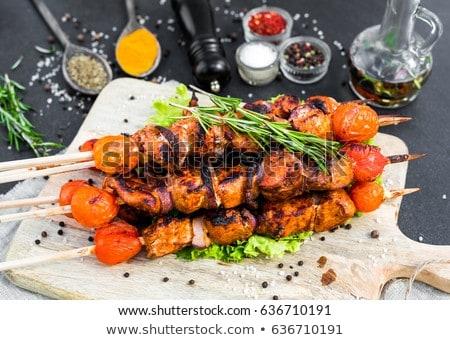 Indian kebab plaat salade maaltijd grill Stockfoto © wellphoto