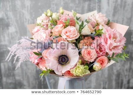 Geel · steeg · bruiloft · drie · rozen - stockfoto © gsermek