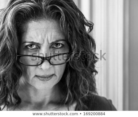 mulher · mau · humor · branco · mulher · jovem · sessão · menina - foto stock © nyul