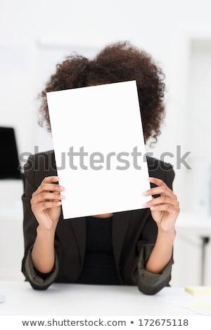 Africano mulher ocultação atrás conselho jovem Foto stock © deandrobot