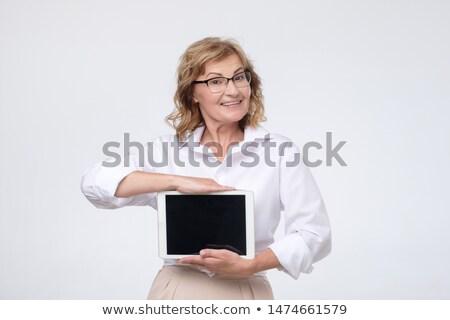 Kafkas şaşırtıcı kadın tablet Stok fotoğraf © deandrobot