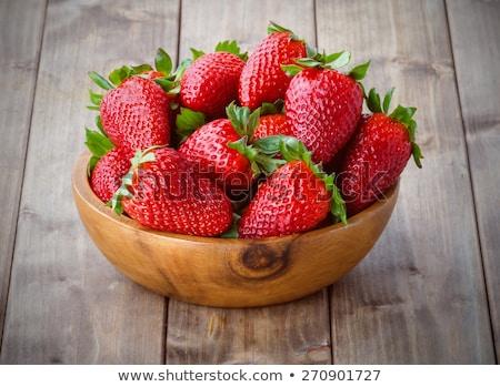 organiczny · truskawek · biały · kubek · dojrzały · czerwony - zdjęcia stock © nalinratphi