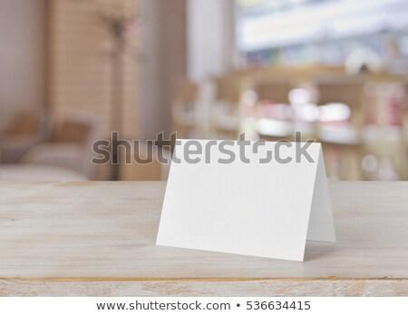 Serveerster permanente menu kaart restaurant Stockfoto © wavebreak_media