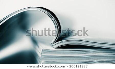 Foto stock: Abrir · revistas · papel · educação · cor