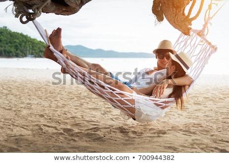 小さな 美しい カップル 愛 リラックス ビーチ ストックフォト © Yatsenko