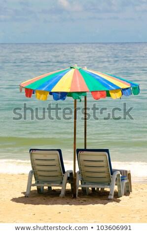 Foto stock: Guarda-sol · sofá · colorido · areia · praia · céu