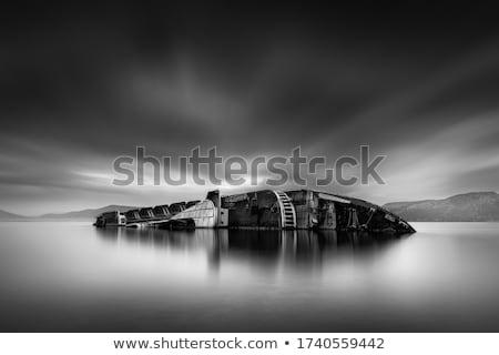gemi · enkazı · kaza · kayalar · plaj · güneş · gün · batımı - stok fotoğraf © prill